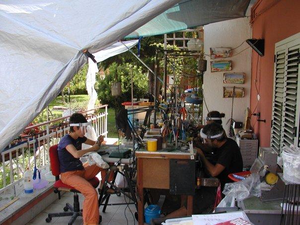 Laboratorio provvisorio di Paolo Mazzeschi in estate