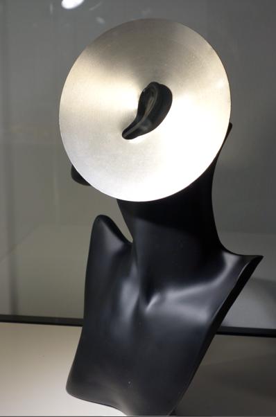 Il Monorecchio di Getulio Alviani, 1965