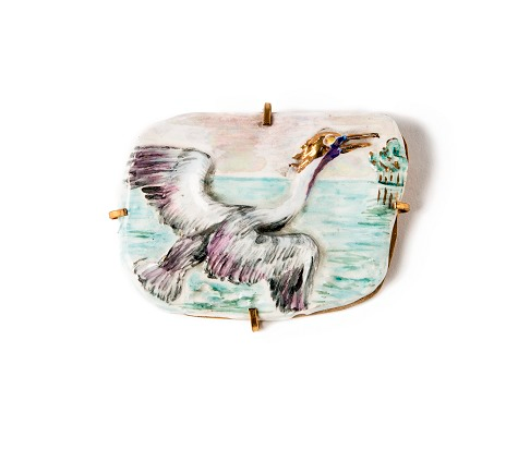 Spilla con airone in ceramica dipinta e invetriata, ottone, prima metà Anni Sessanta